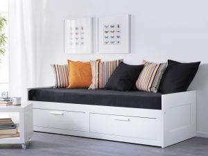 Кушетки и кровати для гостей