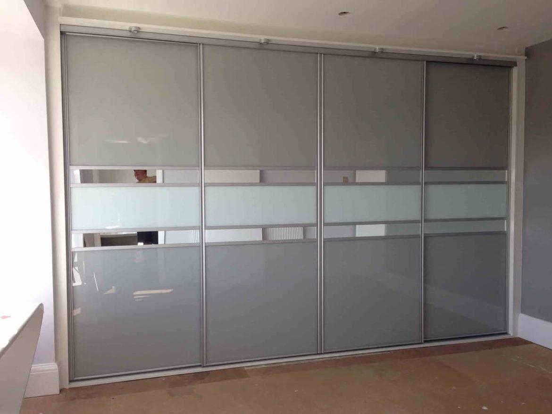 Двери купе для встроенного шкафа